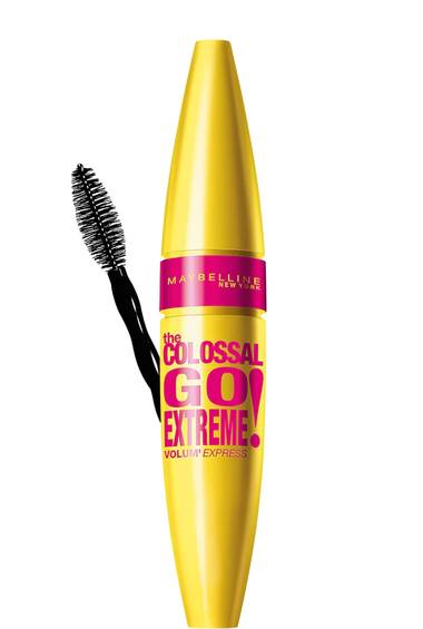 Volum Express The Colossal Go Extreme Mascara in Very Black von Maybelline New York